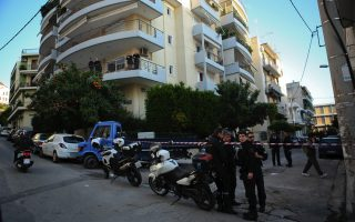 mother-child-plunge-to-death-from-athens-balcony