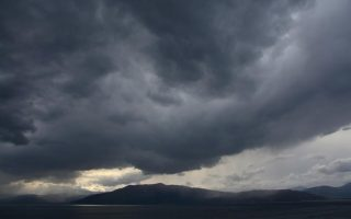 weather-to-turn-from-monday-night-with-storms-spreading-across-country
