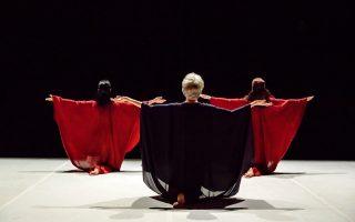 kalamata-dance-festival-asks-hard-questions-focuses-on-the-positive
