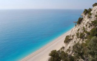 greece-bags-award-for-best-beaches-in-europe-at-russian-tourism-exhibition