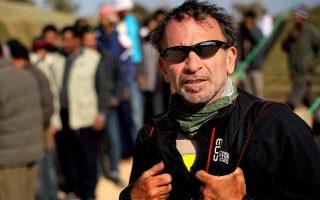 renowned-photojournalist-yannis-behrakis-dies-at-58