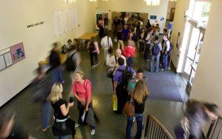 snf-to-fund-scholarships-for-greek-diaspora