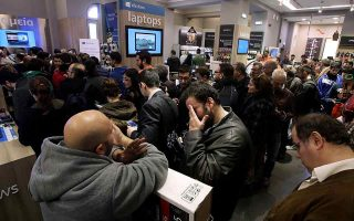almost-all-products-sold-during-black-friday-week-had-no-price-discount
