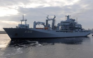 nato-launches-sea-mission-against-people-smugglers