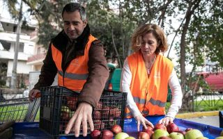 greek-ngo-still-fights-food-waste-malnutrition-bridging-donors-with-charities-in-post-bailout