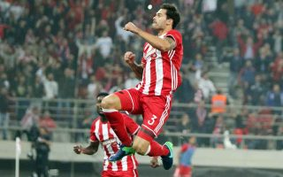 olympiakos-asserts-its-superiority-in-derby-and-league