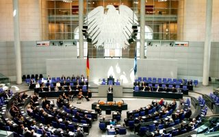 senior-german-lawmaker-sees-no-majority-for-further-greek-bailout