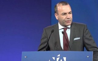epp-chief-expresses-concern-over-reports-about-vote-of-greeks-in-uk