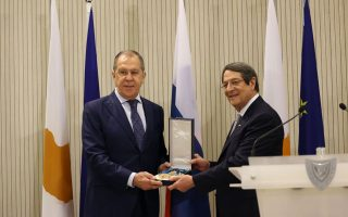 russia-ready-to-help-ease-turkey-greece-tension-says-fm0