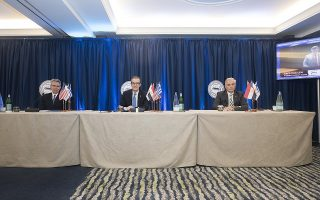 cooperation-deal-signed-by-american-chambers-of-greece-cyprus-egypt0