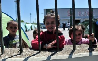 young-migrants-brawl-at-patras-accommodation-center
