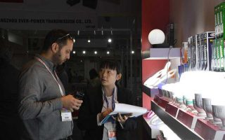 greek-buyers-at-chinese-fair-in-turkey