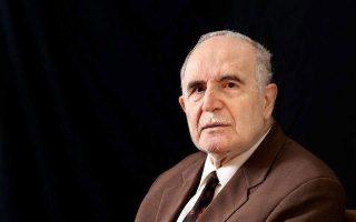 influential-greek-poet-christianopoulos-dies