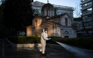 greeks-to-celebrate-easter-amid-lockdown