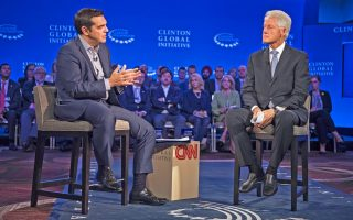 gov-t-sources-deny-phone-conversation-between-tsipras-clinton-after-greek-referendum0