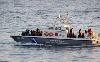 at-least-12-dead-as-migrant-boat-sinks-off-farmakonissi