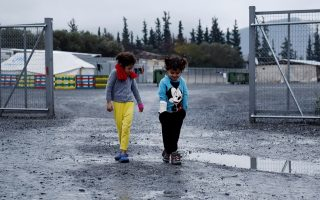 ministry-denies-refugee-child-died-because-of-cold-weather