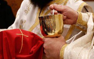 no-coronavirus-risk-from-holy-communion-says-holy-synod