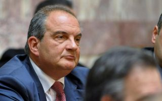 former-pm-costas-karamanlis-backs-amp-8216-yes-amp-8217-campaign