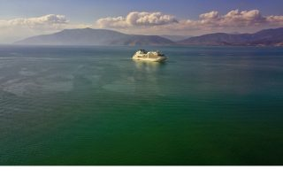 cephalonia-stays-upbeat-eyes-more-cruise-visitors