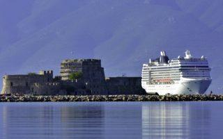 fewer-cruise-ships-to-visit-greek-ports-next-year