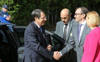 cyprus-peace-talks-enter-tough-second-week-at-swiss-resort