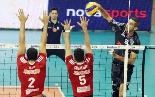 paok-upsets-olympiakos-to-win-volleyball-league-title