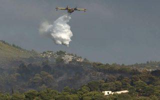 more-firefighters-sent-to-nea-makri-blaze