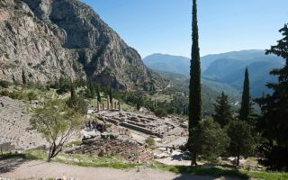 news-from-the-oracle-delphi-versus-davos