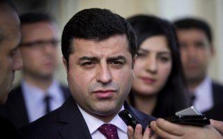 europe-ignoring-turkey-crackdown-in-bid-for-refugee-deal-kurdish-party-chief-says0