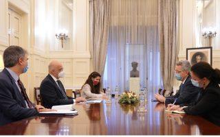 us-ambassador-briefs-dendias-on-sanctions-against-turkey