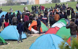 last-migrants-end-protest-evacuate-makeshift-camp-in-diavata