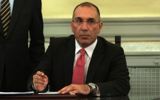 syriza-mps-express-opposition-to-right-wing-mp-amp-8217-s-approval-as-deputy-house-speaker
