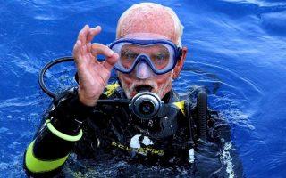 world-war-ii-vet-breaks-own-oldest-diver-record-off-cyprus