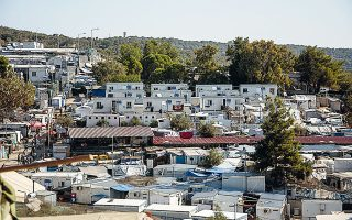 confirmed-infections-in-moria-migrant-camp-rise-to-24