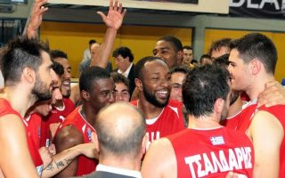 doxa-lefkadas-wins-its-maiden-game-in-basket-league-downing-paok