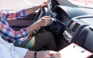 driving-tests-and-license-renewals-beset-by-obstacles