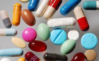 more-greeks-buying-medicines-food-supplements-online