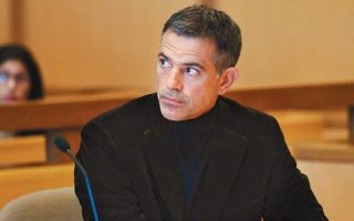 fotis-dulos-accused-of-killing-his-wife-in-critical-condition-police-say