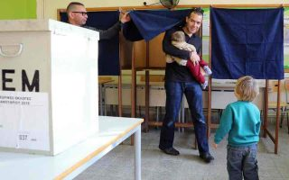 cypriots-to-vote-in-runoff-in-hope-of-peace-deal