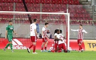 derby-win-sends-reds-top-as-aris-ends-paok-amp-8217-s-unbeaten-streak