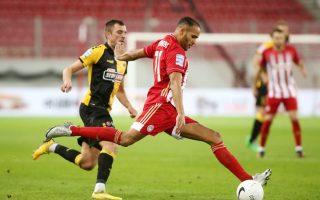 olympiakos-enjoys-six-point-lead-in-super-league