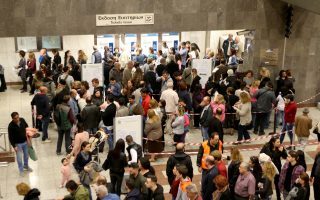 getting-an-e-ticket-on-athens-transport-a-challenge-says-expert