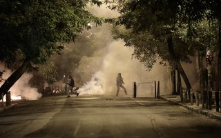 police-arrest-19-after-saturday-amp-8217-s-clashes