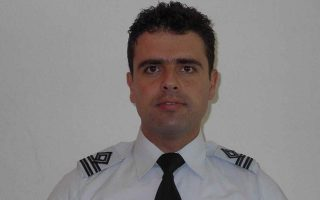 air-force-pilot-dies-after-plane-crashes