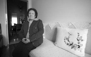 holocaust-survivor-dies0