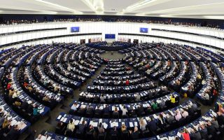 meps-call-for-end-to-humanitarian-crisis-on-greek-islands