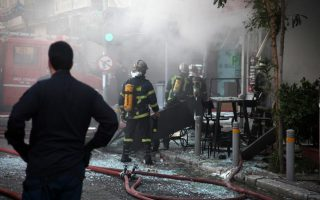 one-dead-five-injured-in-fast-food-outlet-blast-in-central-athens
