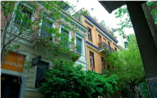 plaka-and-exarchia-top-airbnb-chart