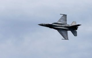 turkish-fighter-jets-fly-over-evros-land-border